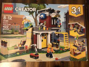 LEGO Creator Modular Skate House. 422pvs. New / Sealed. for Sale in San Bernardino, CA