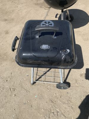 Charcoal bbq grill for Sale in Fontana, CA