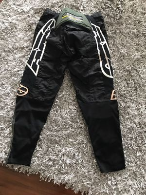 Motorcycle gear pants for Sale in Weston, FL