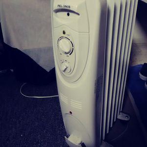 PELONIS HO-0201 Portable Radiator Heater for Sale in Payson, AZ