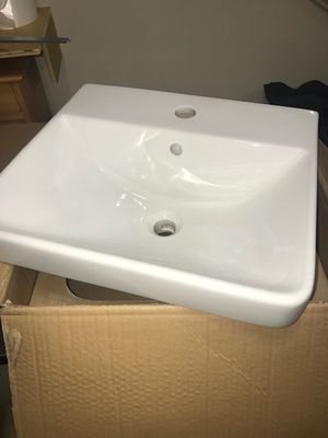 Foremost Lexington 13-0073-W Semi Resessed rectangular bathroom sink for Sale in Brier, WA