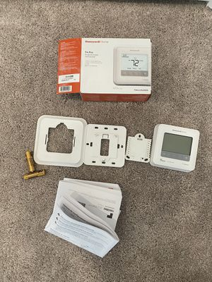 Honeywell Home T4Pro Thermostat for Sale in West Park, FL