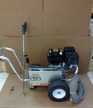 4000 psi drive belt mitm pressure washer in great condition with surface scrubber for Sale in Suwanee, GA