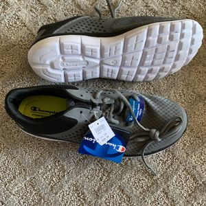 Brand new men's/ boys champions sneakers size 10 PRICE FIRM for Sale in Kent, WA