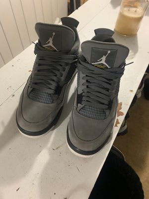 Jordan 4's cool greys only wear them twice for Sale in Fort Washington, MD
