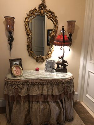 Antique dresser and mirror color cream. for Sale in Pinecrest, FL