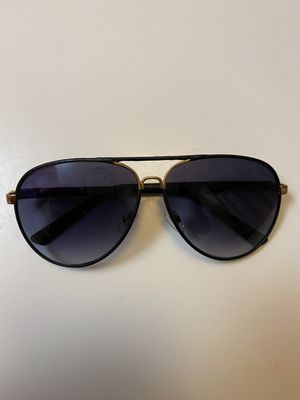 Gucci Sunglasses for Sale in Freeport, NY