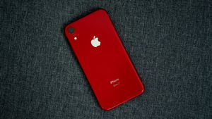iPhone XR Red for Sale in Huntersville, NC