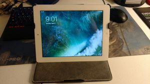Apple White 16G iPad 4 (AT&T 4G MD945LL/A) w/ Cover/Stand and charger for Sale in Fairfax, VA