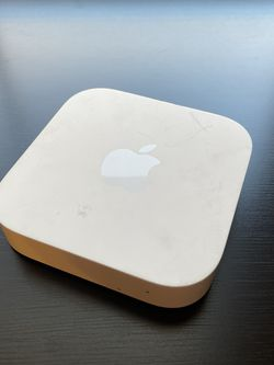 Apple AirPort Express 2nd Gen Wireless WiFi Router / Extender for Sale in Irvine,  CA