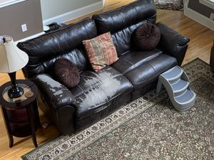 Free recliner sofa for Sale in Charlotte, NC