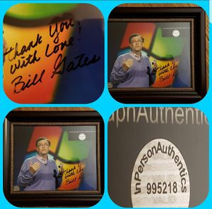 BILL GATES framed picture with insignia. for Sale in Wichita, KS