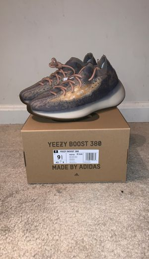 """Yeezy Boost 380 """"Mist"""" SIZE 9.5 DS for Sale in Washington, DC"""