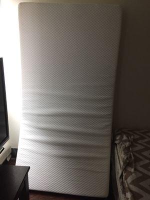 Twin size leesa mattress for Sale in Denver, CO