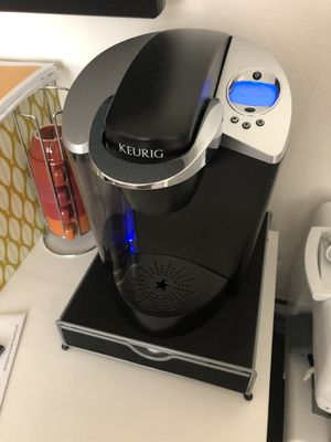 Keurig Coffee Maker with K Cup Storage for Sale in Placentia, CA
