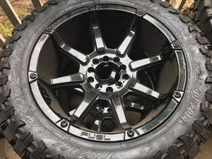 """20"""" fuel rims and trail blade mt 33x12.5x20 for Sale in Decatur, GA"""