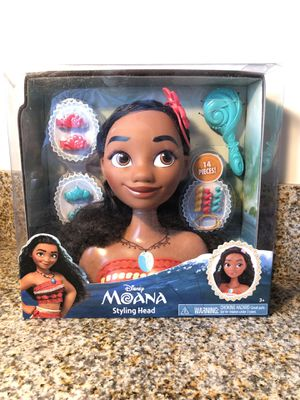 Moana stylist head for kids with accessories for Sale in Los Angeles, CA
