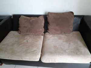 Sectional sofa free for Sale in Margate, FL