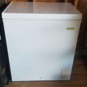 Deep Freezer for Sale in Hemet, CA