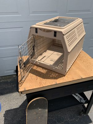 Pet crate for Sale in Brockton, MA