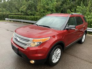 FORD EXPLORER XLT AWD ! LIKE NEW ! WE FINANCE ! for Sale in Tampa, FL