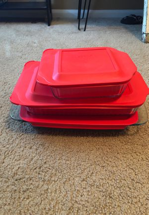 Pyrex 6 piece glass bakeware set brand new for Sale in Austin, TX