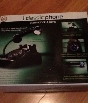 I classic phone/ alarm clock & lamp for Sale in Los Angeles, CA