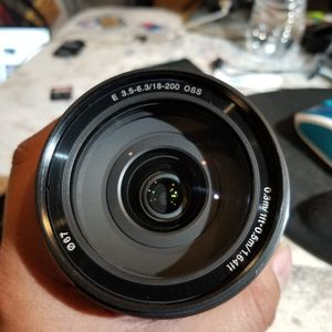 Sony 3.5-6.3/18-200mm OSS Traveling Family Lens for Sale in Downey, CA