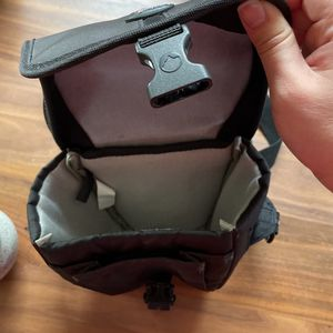 Dslr/mirrorless Camera Bag for Sale in Seattle, WA