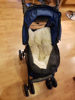 Dog stroller for Sale in Cheshire, CT