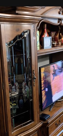 China Kredens/ TV Stand for Sale in Oak Grove,  OR