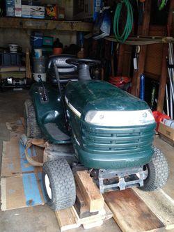 Craftsman LT1000 Lawn Mower Tractor for Sale in Anaheim,  CA