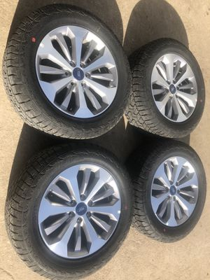 "Like new condition 20"" ford Lariat Rims And Hankook All Terrain Tires 6 Lug 20 Wheels 20s Rines y llantas 2004 F 150 Expedition 2005 F-150 rines 2008 for Sale in Dallas, TX"