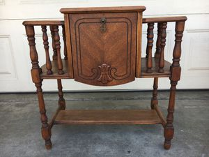 """Antique wooden pipe stand 21""""H 22""""W 12""""D with 9x9x9"""" copper humidor for Sale in Huntington Beach, CA"""
