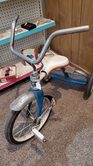 Vintage stelber tricycle for Sale in Northumberland, PA