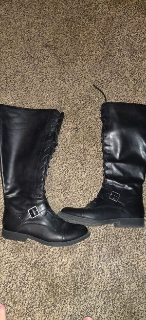 Black boots zipper sides and lace up front. Size 8 for Sale in Brooksville, FL