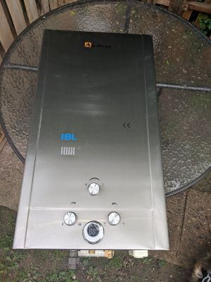 Natural gas water heat for Sale in Penbrook, PA