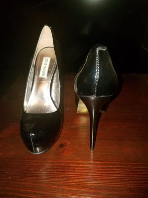 Steve Madden Black Patent Leather Platform Pumps for Sale in Bronx, NY