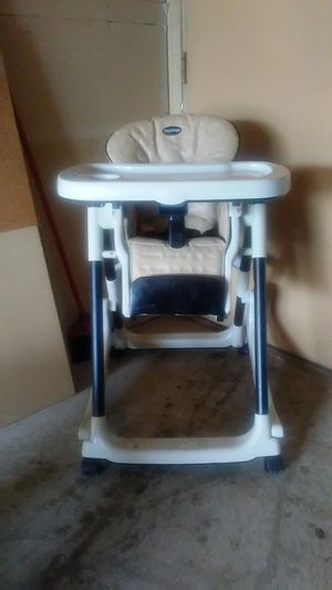 Peg-Perego Prima Pappa Rocker high chair for Sale in Eagan, MN