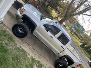 Chevy Silverado 1500 for Sale in Willoughby, OH