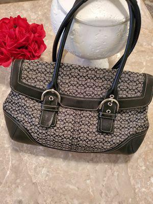 Coach handbag for Sale in Las Vegas, NV