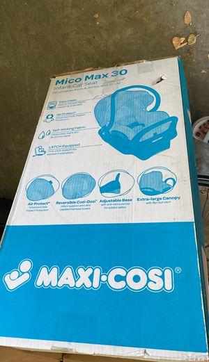 Maxi Cosi car seat with car attach. for Sale in Hillsborough, CA