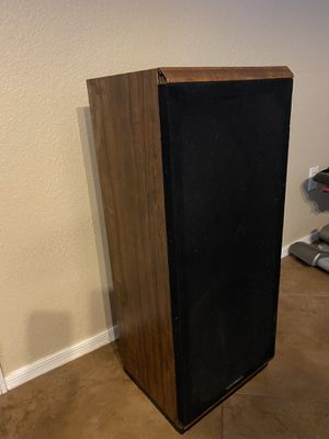 Marantz floor speakers for Sale in Glendale, AZ