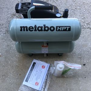 Hitachi Metabo 2hp 4 Gallon Air Compressor for Sale in Winter Springs, FL