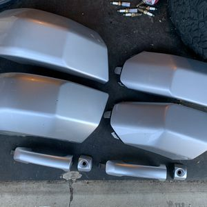 Toyota FJ Cruiser OEM Factory Stock BUMPER CAPS /DOOR HANDLES for Sale in Long Beach, CA