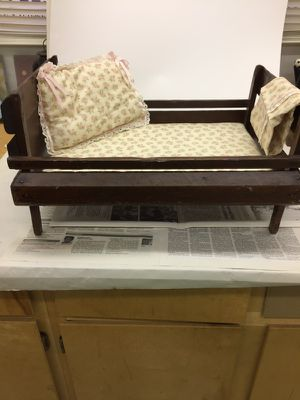 """Antique handmade Doll's Bed. 20"""" long. 13"""" wide and 12"""" high for Sale in Liberty Hill, TX"""