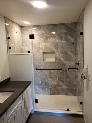 Shower/ Tub glass doors for Sale in Hayward, CA