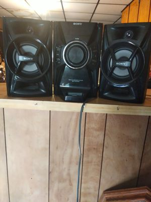 Sony stereo system like new for Sale in Durham, NC