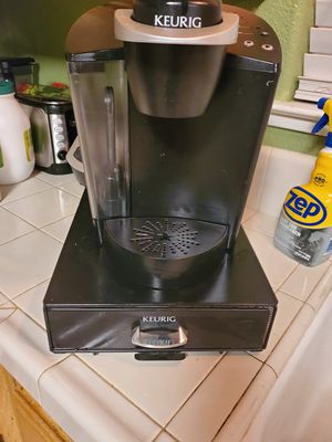 Keurig coffe machine for Sale in Madera, CA