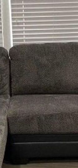 Couch Grey Comfort for Sale in Carson,  CA
